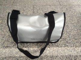 Messenger Bag Umhängetasche A4 Unisex silber