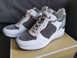 Michael Kors Crista Trainer Gr. 41 schuhe sneaker grau silber weiß Turnschuhe