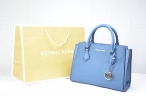 Michael Kors Hope Medium Messenger Leather in Chambray