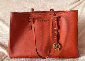 Michael Kors Jet Set Shopper :)
