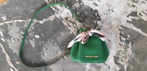 Michael Kors Jules Drawstring Crossbodytasche grün