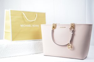 Michael Kors Shania Large EW chain tote in powder Blush