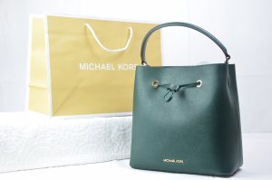 Michael Kors Suri Medium Bucket Bag in Racing Green