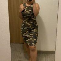 Midi Kleid mit Rückenausschnitt