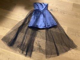 Sukienka z dekoltem typu bandeau niebieski