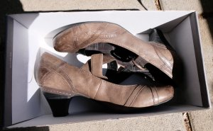 Minozzi Milano Mary Jane Pumps brown leather