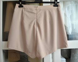Missguided Shorts beige Poliestere