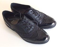 Bata Chaussures à lacets noir
