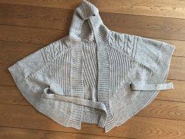 Modisch-kuscheliges Cape /Strickjacke in beige-grau mit Kapuze
