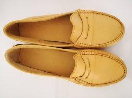 Mocassins geel