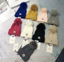 Moncler Chapeau en tricot noir