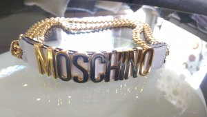 moschino Couture gold Gurtel.