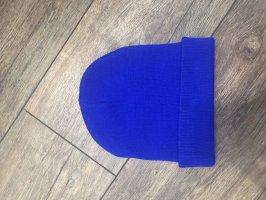 Chapeau en tissu bleu