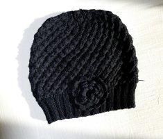 Mango Bonnet en crochet noir