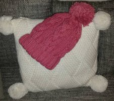 H&M Knitted Hat magenta-raspberry-red