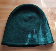 Hallhuber Knitted Hat forest green