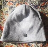 Cappello a maglia argento
