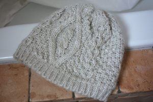 Knitted Hat natural white-oatmeal polyacrylic