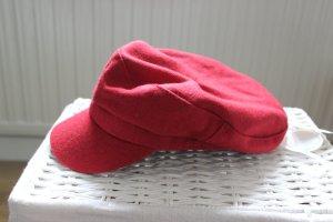 Mütze in Rot