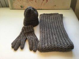 Mütze Schal Handschuhe alles passend