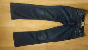 Mustang Jeans Janes Flared in dunkelblau 29/32