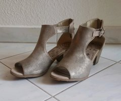 Mustang Shoes Cut Out Booties grey