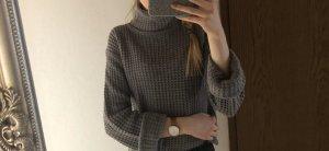 NA-KD grauer Pullover