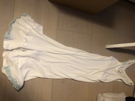 La perla Peniuar biały Modal