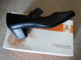 nagelneu: bequeme schwarze Pumps mit Wechselfußbett von Theresia M.