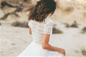 LIGHT AND LACE Suknia ślubna biały Jedwab