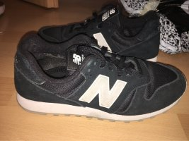 New Balance Lace-Up Sneaker black-white