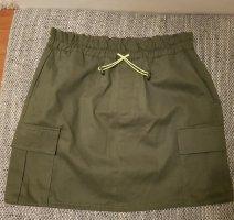 Pull & Bear Skaterska spódnica oliwkowy