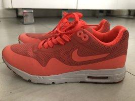 Neon Nike Air Max Thea Gr. 37,5