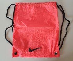 Neonfarbener Turnbeutel (Nike)