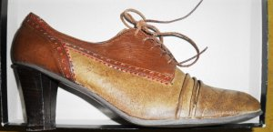 Tacones con cordones marrón claro Cuero