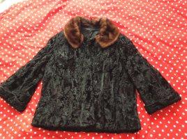 Veste en fourrure noir-brun