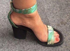 NEU:  ausgefallene Pumps/Sandaletten Riemchen von H&M  chinesisches Muster Gr. 36