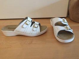 NEU | Bequeme Lederpantoffeln in Weiß