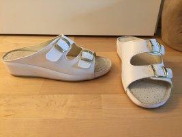 NEU | Bequeme Pantoffeln in Weiß