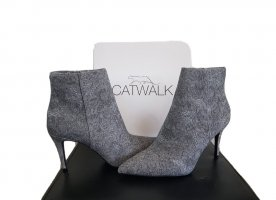 Catwalk Pointed Toe Pumps light grey-grey