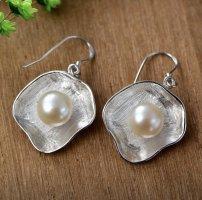 0039 Italy Pendientes de perlas blanco-color plata