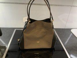 Neu mit Etikett COACH Handtasche Edie Shoulder Bag 31