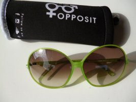 NEU: Opposit Sonnenbrille mit großen Gläsern, helles grasgrün, mit Etui