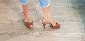Sandalias con plataforma beige Cuero