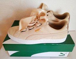 NEU - PUMA, Sneaker, 40,5, NP 99€, Velourleder, beige Hellbraun Sand, STYLISH