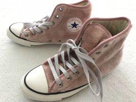 Converse Lace-Up Sneaker pink velvet