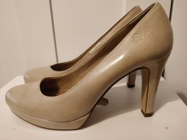 *Neu* S. Oliver Pumps in 40