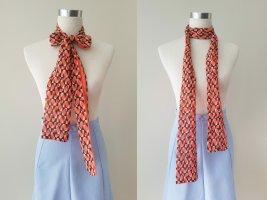 NEU: Schmaler Benetton Schal mit 70er Muster in orange, weiß und braun