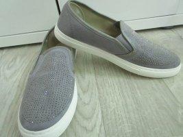 Neu- Sneaker Gr. 38
