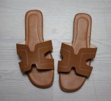 Beach Sandals light brown